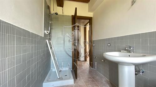 Rustico/Casale/Corte di 250 m2 a Castiglione del Lago