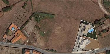 Grundstück: 3.280 m²
