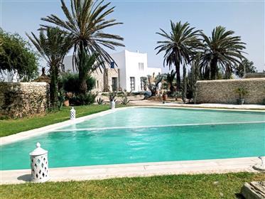 Maison d'hôtes avec piscine, 6 chambres