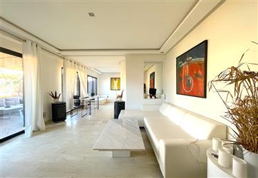 Apartment 188m2 Terrace 64m2 and 4 bedrooms