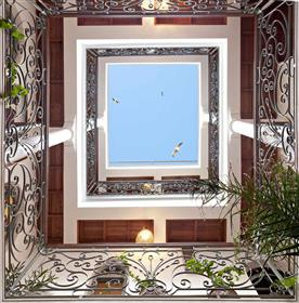 Magnificent riad completely rebuilt in 2010, sea view