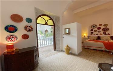 Contemporary riad for sale Essaouira, 15 bedrooms, sea view