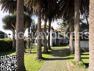 Elegante e histórica mansión en La Laguna