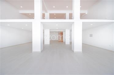 Commerciële ruimte: 230 m²