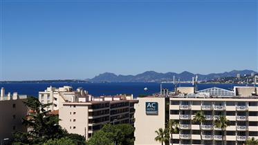 2 / 3 pièces expo sud vue mer panoramique Juan les pins Anti...