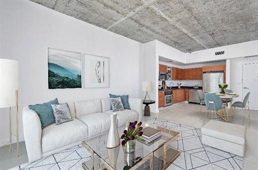 Inédit ! Magnifique appartement dans le Design District à Miami