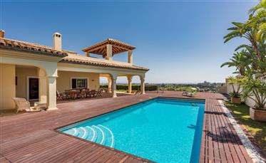 Fantastic villa, reduced price! New Golden Mile