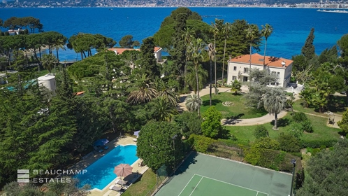 Cap d'Antibes, west side awesome waterfront property