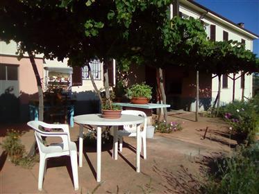 Casale, Rustico in Vendita a Spigno Monferrato