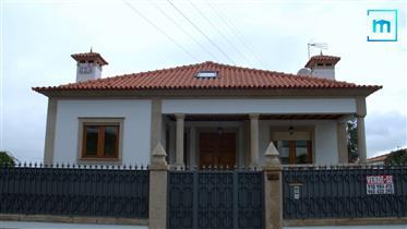 Moradia V5 - Rebordões, Santo Tirso