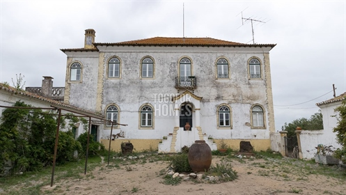 Historic Classical Mansion and Estate on outskirts of Beja city, Alentejo