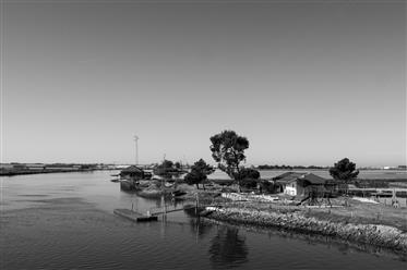 Ilha Turística com barcos-casa, na Ria de Aveiro, Aveiro
