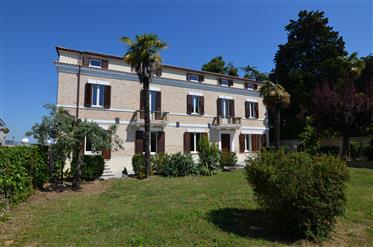 Villa Innocenti