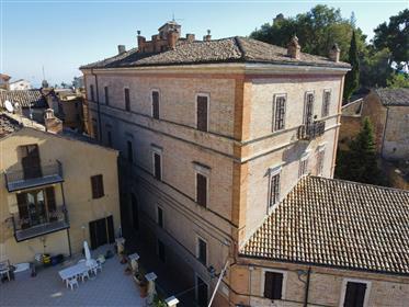 Palazzo Bruti