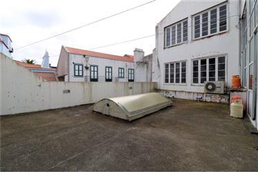 Edifício de Charme - Comércio e Habitação