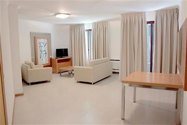 Apartamento T0 centro do Garajau