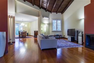 Vivenda de luxo: 370 m²