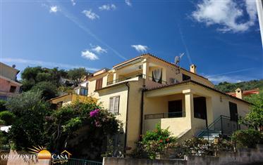 Sardegna San Teodoro – Appartamento quadrivano vista mare a La Suaredda