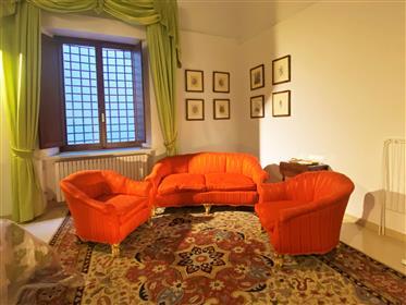 Charmant appartement avec une vue magnifique sur le palais Pitti