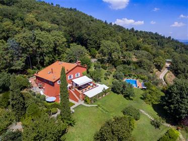 Meravigliosa villa di campagna in Toscana