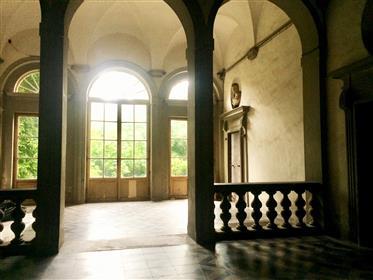 Bel Et Grand Appartement Au Centre De Florence Quartier Duomo