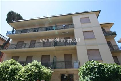 Se vende apartamento en Marina di Grosseto de 93 metros cu