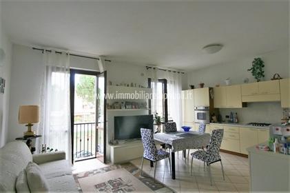 Sinalunga vendesi appartamento di 63 mq al piano primo con
