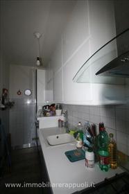 Bettolle 101 m² appartement avec entrée commune