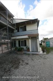 Torrita vendesi terratetto di mq 113