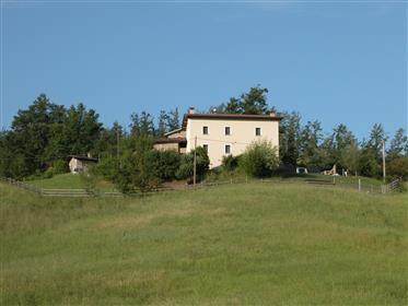 Vendesi Casale ristrutturato vicino a Sestola (Modena)