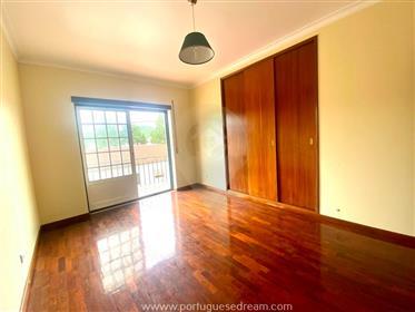 Vivenda: 90 m²