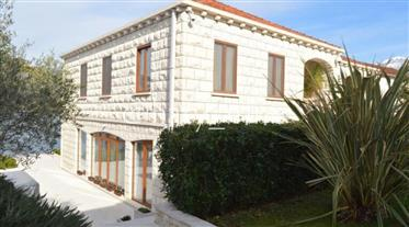 Luxurious villa on the first line of the sea with its own pier in Dzhurashevichi