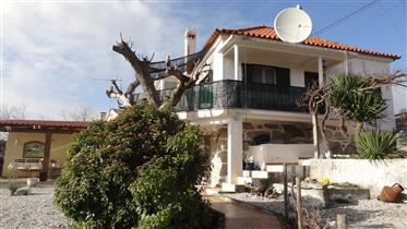 House with guest annex for sale, Vila Chã