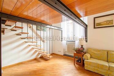 Delizioso appartamento su due livelli, Pagano