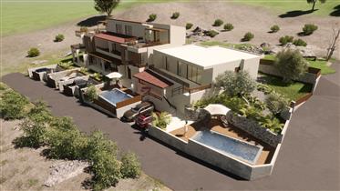 Νεόκτιστα σπίτια κοντά στον Αγιο Νικόλαο