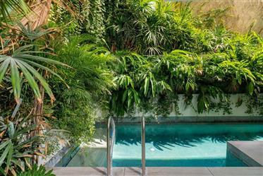 Neve Tzedek Garden Villa For Sale/Rent