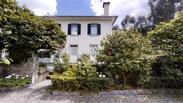 Quinta T4 com 1,1 hectares em Arouca, Aveiro