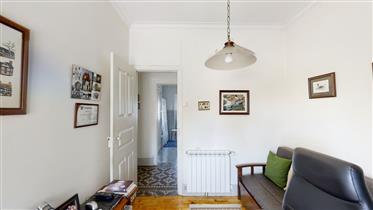 Casa T8 com 465 m2 em Vila Nova de Tazem, Serra da Estrela