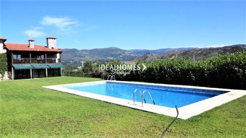 Casa de fazenda de cinco quartos para a venda em Amarante ,Ideal para Turismo Rural.