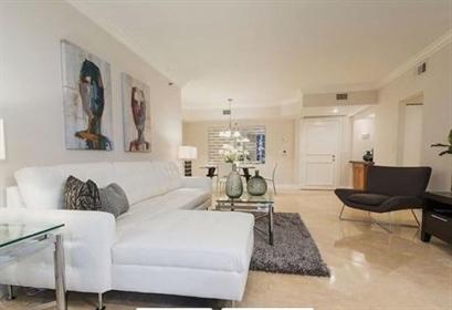 Grande attico in vendita