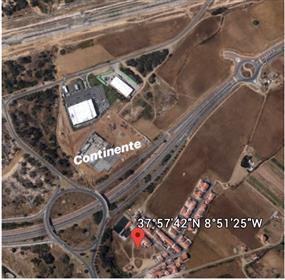 Sines - Complexo Residencial Aprovado com 22 Moradias