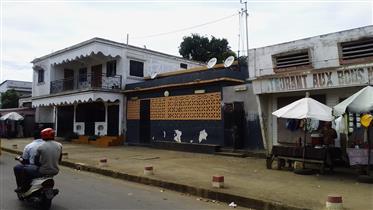 Une maison en plein centre -ville de Diego-Suarez (Madagascar) de 220 M2