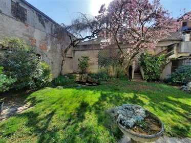 House in the city center of Cahors