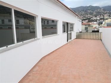 Escritório, Funchal, Anadia