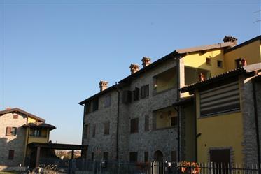 Vignola, Erdgeschoss mit Garten