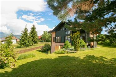 Salter, villa singola con grande giardino