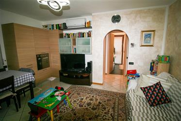Mattarello, two-room apartment furnished with a large terrace