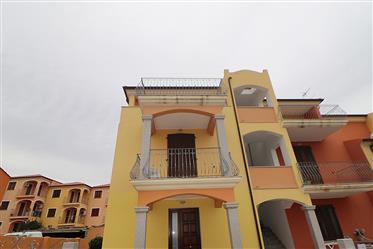 Bilocale con terrazzo, La Muddizza Valledoria