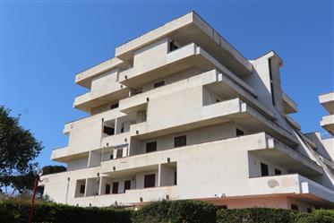 Baia Domizia, appartamento con due stanze da letto
