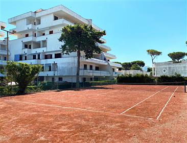 Baia Domizia, penthouse avec terrasse vue mer